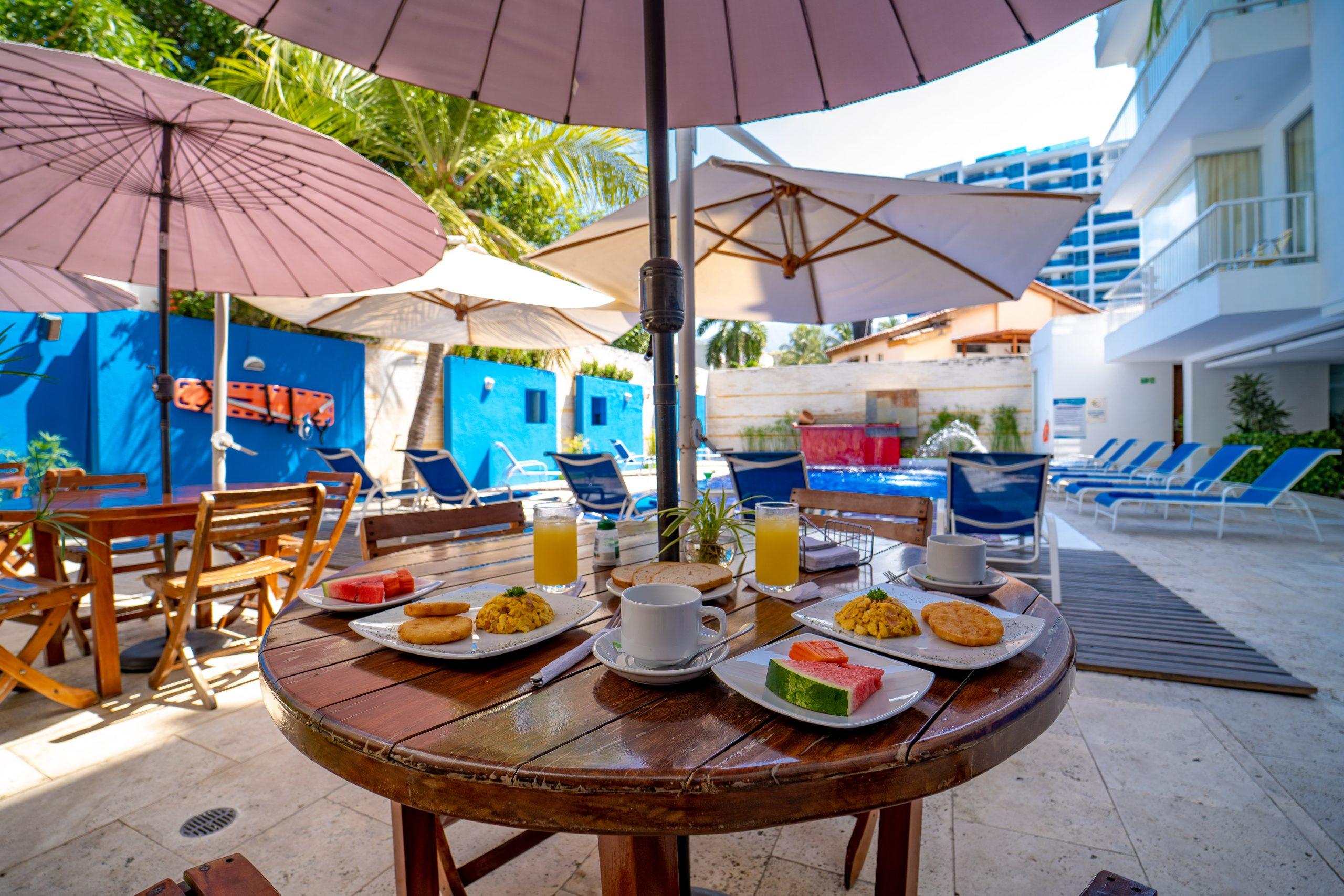 Desayuno restaurante principal 2